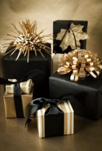 Christmas is coming! Do you understand the unwritten rules of gift-giving?